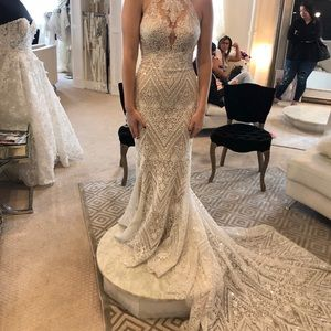 2019 Allure couture wedding dress